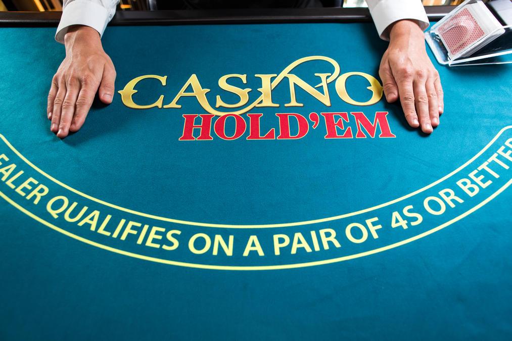 Live Casino Hold'em table