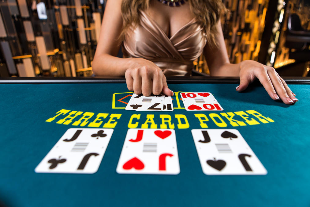 Triple Card Poker (also known as Three Card Poker) at Cloudbet's Live Casino